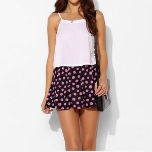 UO / PINS & NEEDLES / FLORAL MINI SKIRT